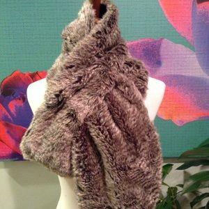 Stella & Dot Faux Fur Reversible Scarf
